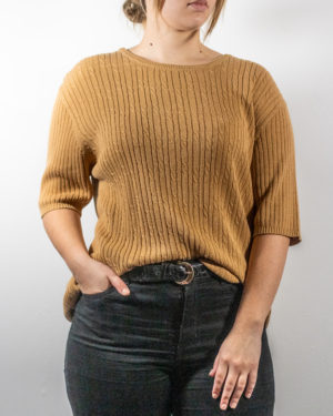 cabled t